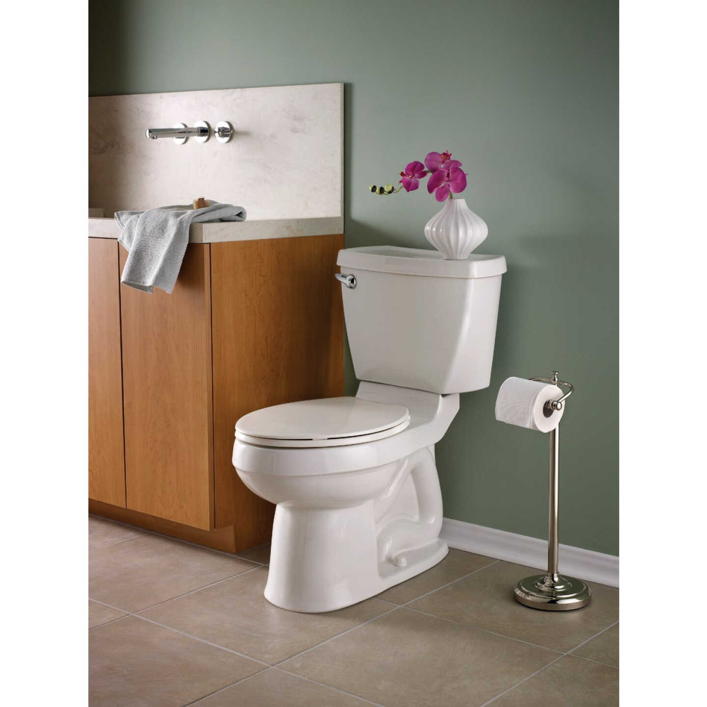 American Standard Champion 4 Right Height White Elongated Bowl 1.6 GPF Toilet Image 2