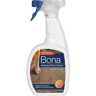 Bona 36 Oz. Cedarwood Scented Hardwood Floor Cleaner